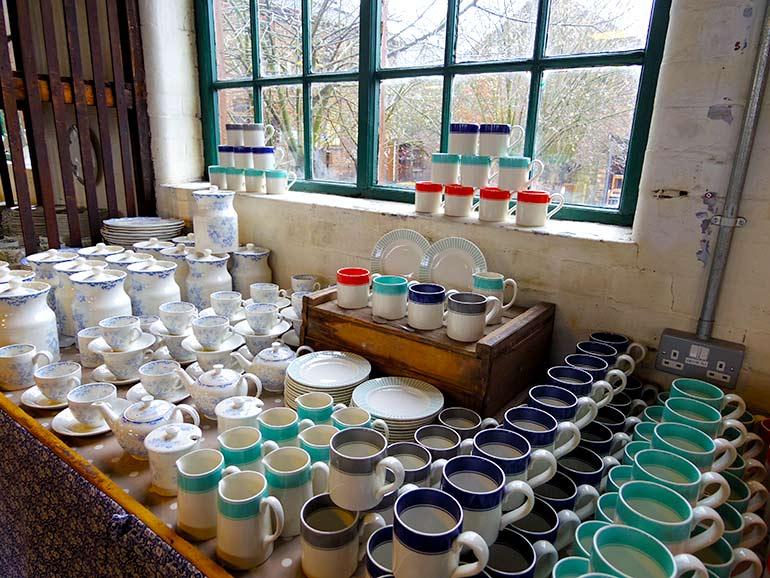 英国陶器の里ストーク・オン・トレント…バーレイ