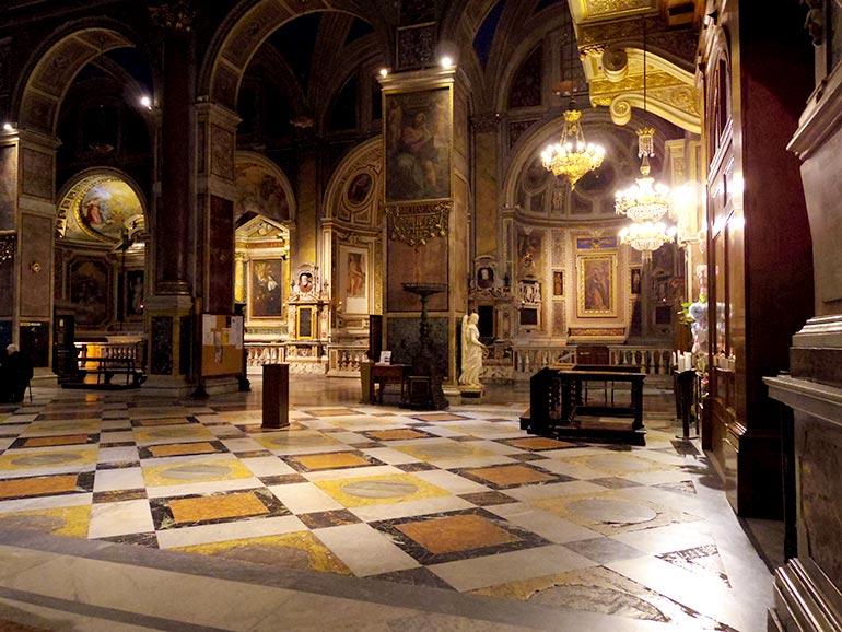 サンタゴスティーノ聖堂