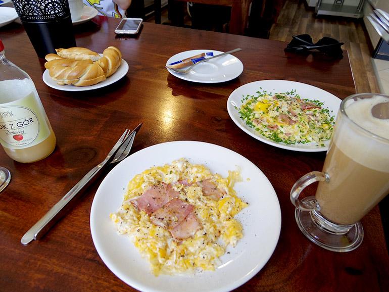 クラクフの思い出のカフェ Jajownia